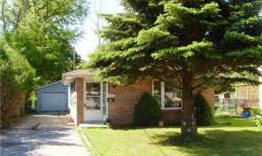 173 Bayview Avenue Georgina, Ontario, L4P 2T1